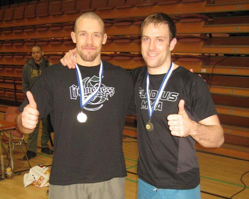 Marko och jag med medaljer.