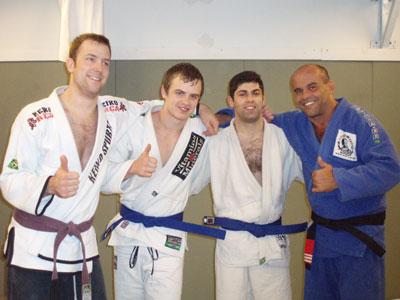Martin, Frank, Moheb och Marcelo poserar stolt.