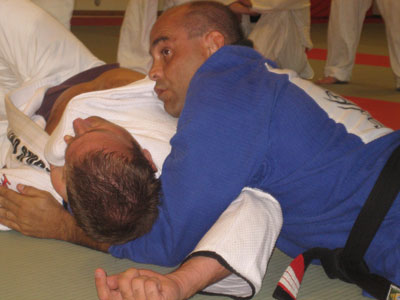 Marcelo instruerar strypning på Martin