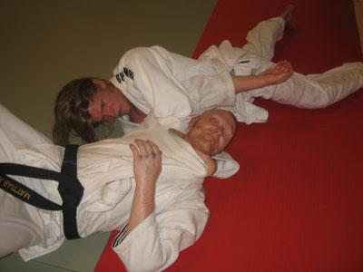 Ola stryper ut Mattias på BJJ-träning